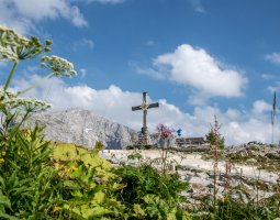 Bavarian Day Tours Berchtesgaden Kehlstein Summit Cross
