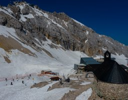 Bavarian Day Tours Zugspitze Tour from Munich