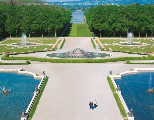 Bavarian Day Tours Day Tours From Munich Herrenchiemsee Schlosspark